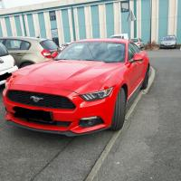 Ford Mustang GT - 3